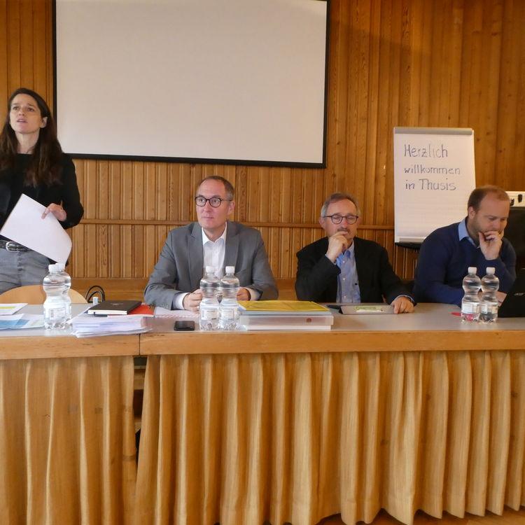 FDP Fraktion tagte zur Fraktionssitzung in Thusis - Kantonsbudget 2020 beraten